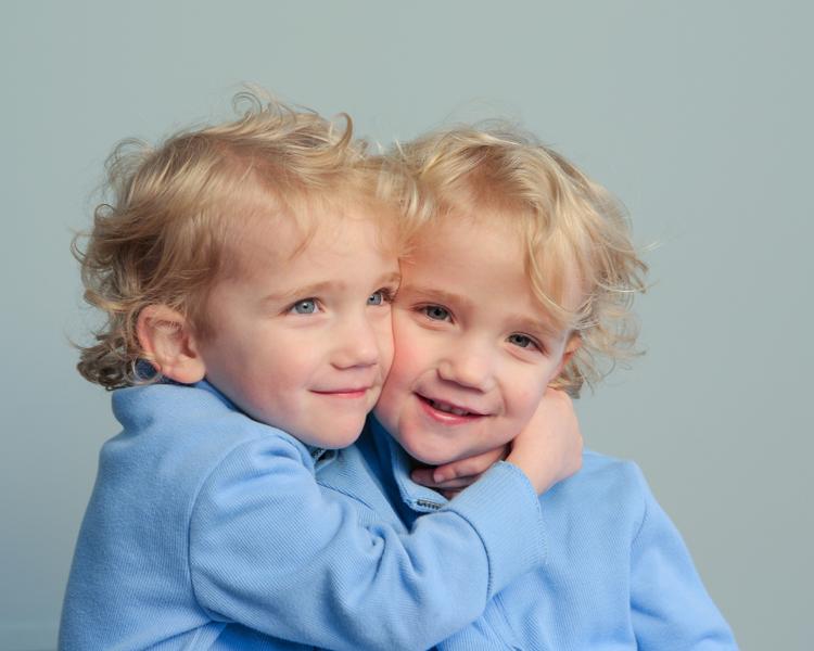 Twins-6